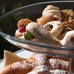 Colazione tipica siciliana bed and breakfast Etna